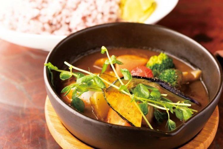 Hakone Sai Curry seharga 1.300 yen