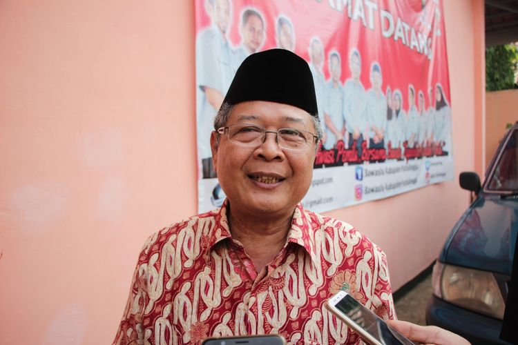 Mantan Wakil Gubernus Jawa Tengah yang juga Calon Anggota DPR RI dari PDI-P, Heru Sudjatmoko memenuhi panggilan Panitia Pengawas Kecamatan (Panwascam) Purbalingga Kota, Jumat (23/11/2018).