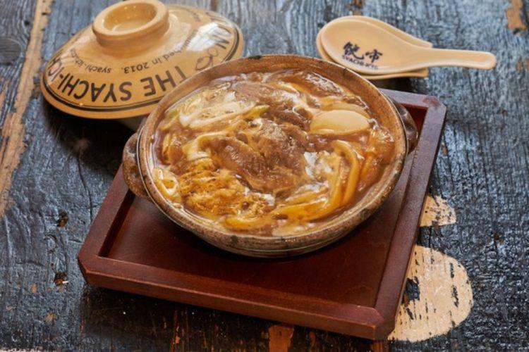 Gyusuji (daging gurat sapi) (1280 yen). Kelezatan rasa asli dari gyusuji meresap kuat di kare dan lembut di mulut.