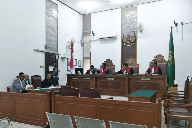 Suasana sidang perdana Gading Marten dan Gisel Anastasia di Pengadilan Negeri Jakarta Selatan, Rabu (5/12/2018).