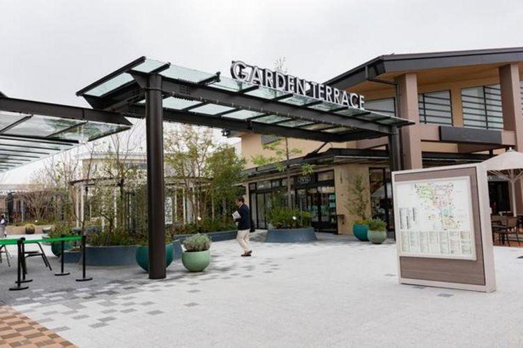 Garden Terrace yang berada di pusat Garden Zone yang merupakan hasil dari pengembangan kali ini. Di sini berjajar kafe yang pertama kali membuka tokonya di Jepang dan banyak lagi.