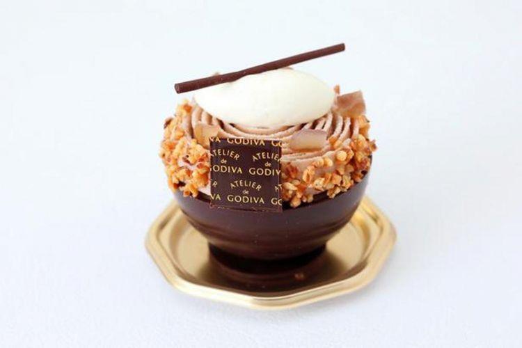 """Coup Mont Blanc Chocolat """"ATELIER de GODIVA"""" 842 yen"""