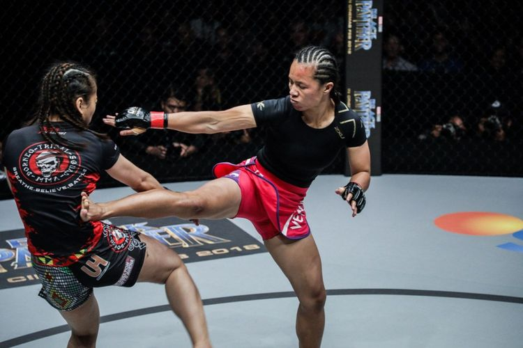 Petarung wanita ONE Championship asal Indonesia, Priscilla Hertati Lumban Gaol.