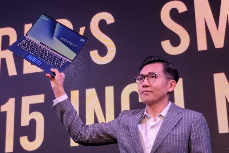 Jimmy Lin, Regional Director Asus Southeast Asia di acara peluncuran Asus Zenbook di Jakarta, Kamis (17/1/2019).