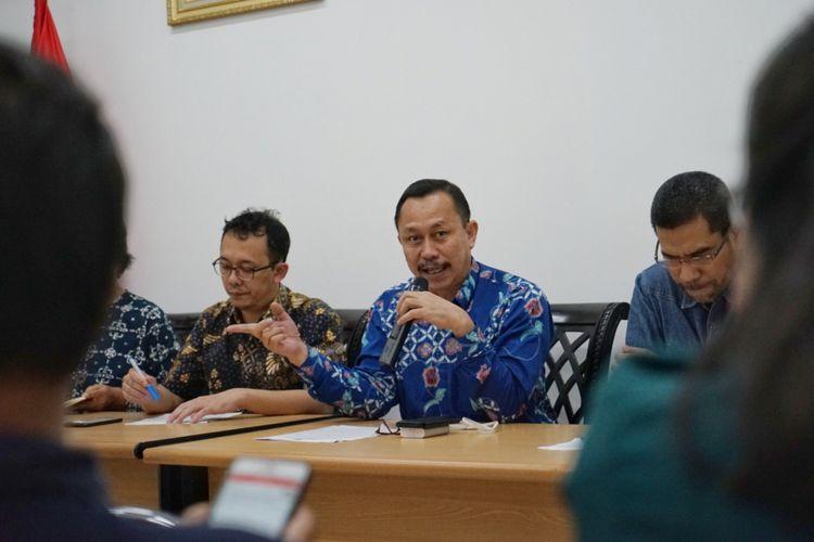 Ketua Komisi Nasional Hak Asasi Manusia (Komnas HAM) Ahmad Taufan Damanik saat pemaparan catatan terkait debat pertama Pilpres, di kantor Komnas HAM, Menteng, Jakarta Pusat, Jumat (18/1/2019).