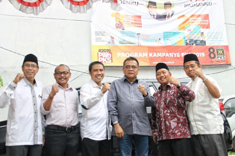 Partai Keadilan Sejahtera (PKS) DKI Jakarta bertemu dengan Partai Gerindra DKI Jakarta membahas mekanisme pemilihan wakil gubernur DKI Jakarta, Senin (21/1/2019).