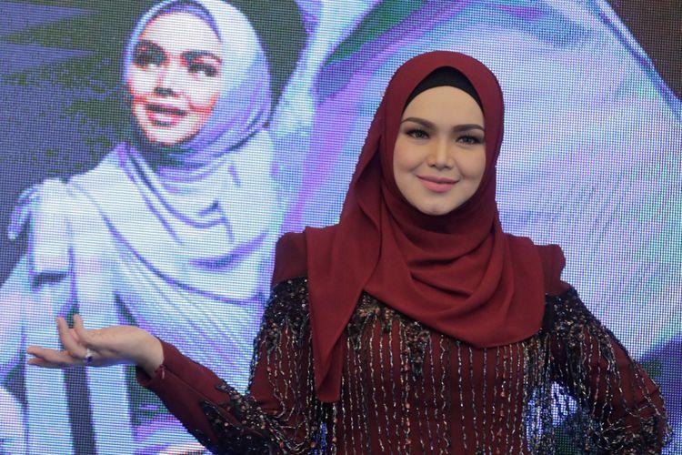 Penyanyi asal Malaysia, Siti Nurhaliza dalam jumpa pers di Raffles Hotel, Kuningan, Jakarta Selatan, Rabu (30/1/2019).