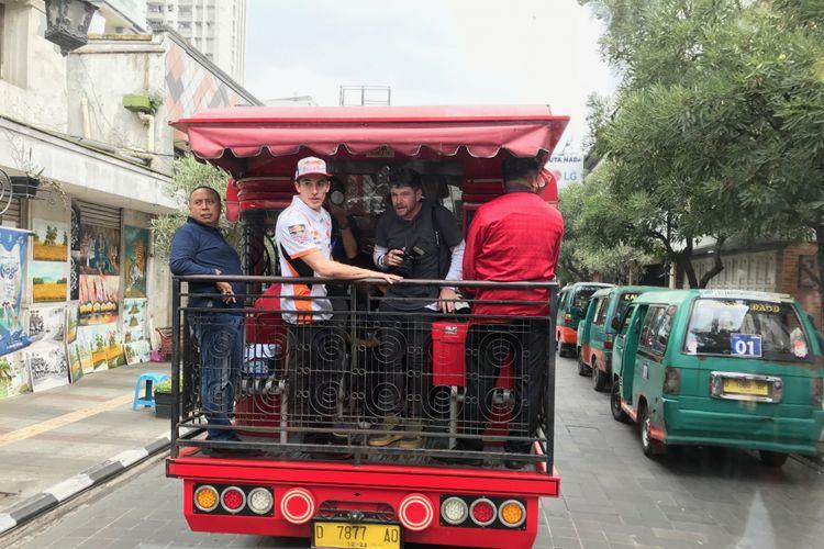 Marquez Naik Bandros Keliling Bandung