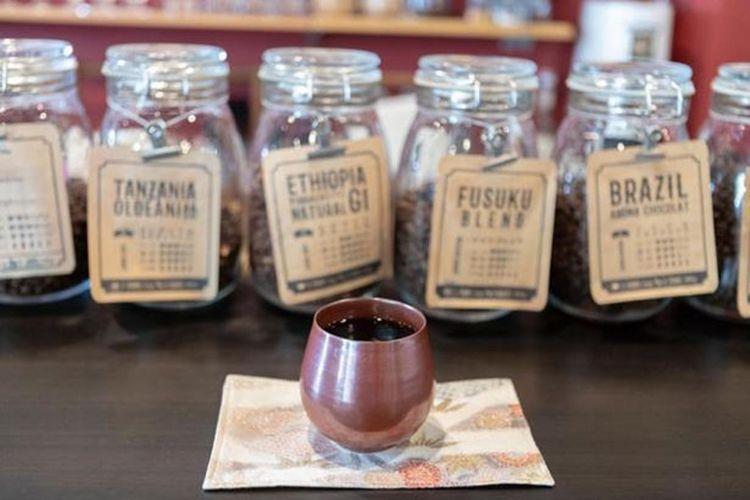 Blend yang menggunakan biji kopi Brazil, Guatemala atau Etiopia (seharga 500 yen)