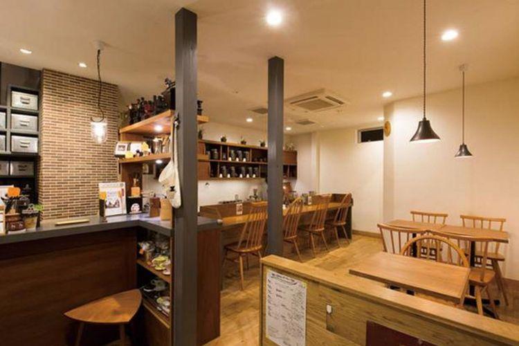 Sesuai dengan namanya, ruangan kedai digunakan sebagai tempat untuk planning pilihan kopi