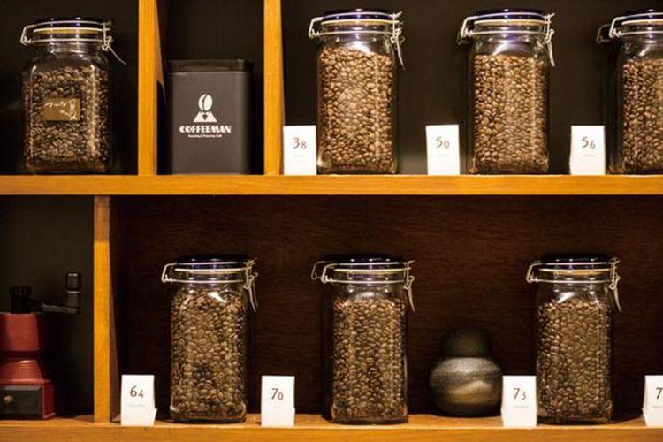 COFFEEMAN Roasting & Planning Café . Blend dengan roasting level yang ditunjukkan dengan angka, [3.8] untuk light roast, [5.0] untuk medium roast, [6.4] untuk dark roast