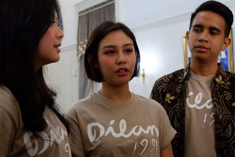 Vanesha Prescilla, pemeran Milea dalam Film Dilan 1991 saat konferensi pers di Gedung Pakuan Bandung, Minggu (10/2/2019).