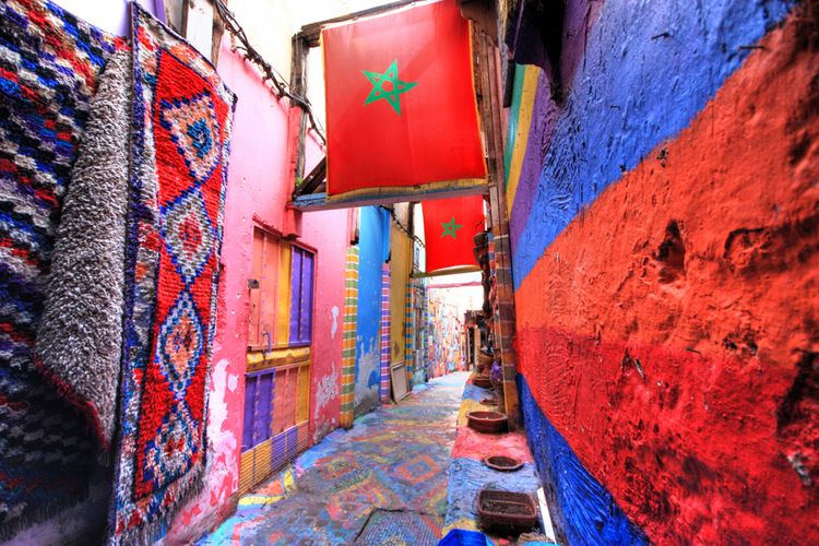 Dekorasi yang begitu estetis di kota kuno Fes, Maroko.