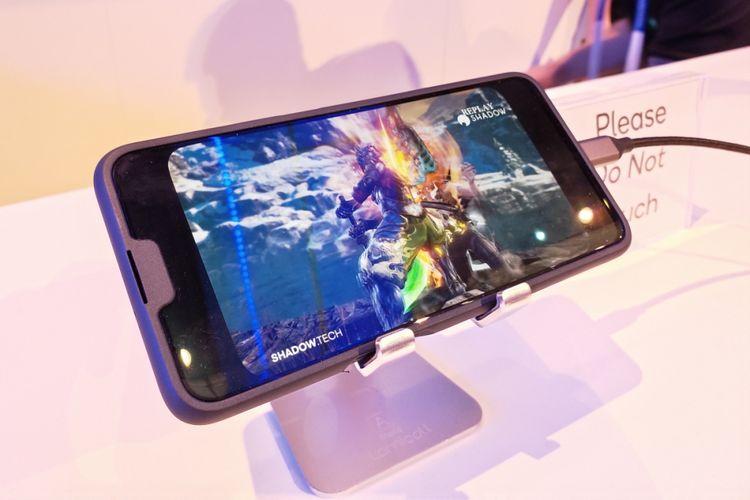 Ponsel 5G pertama Oppo dipamerkan di MWC 2019. Demonstrasi koneksi 5G dengan streaming cloud game Soul Calibur.