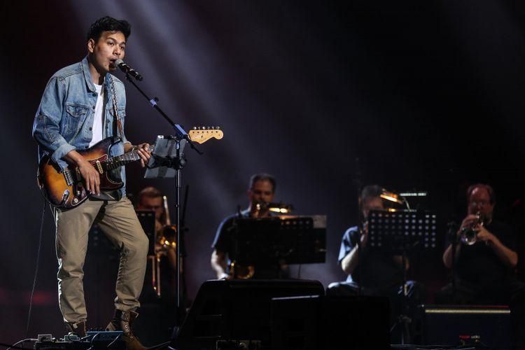 Rendy Pandugo di Java Jazz Festival 2019 yang dihelat di Jakarta International Expo (JIExpo) Kemayoran, Jakarta Pusat, Sabtu (2/3/2019). Pergelaran acara musik Java Jazz Festival 2019 akan digelar sampai 3 Maret mendatang.