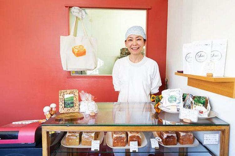 Pemilik toko, Mori Mariko