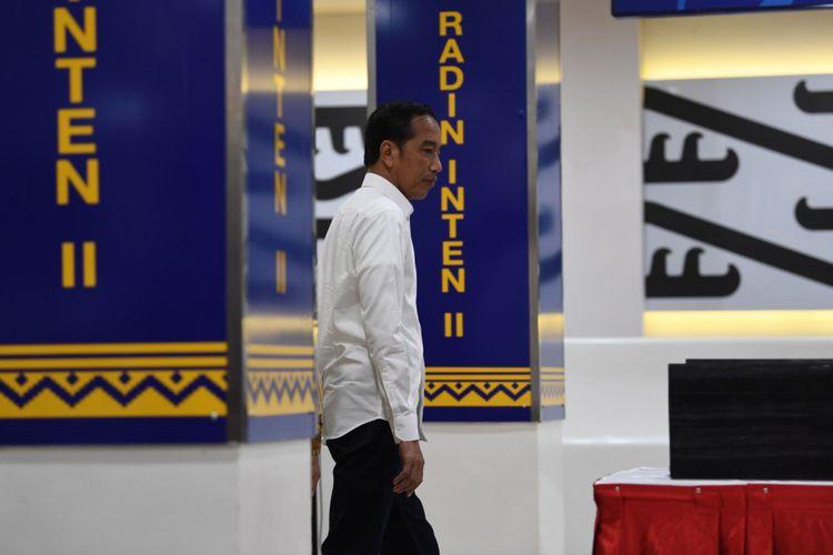 Presiden Joko Widodo meresmikan terminal baru Bandara Internasional Radin Inten II dan Bandara Lubuk Linggau di Bandara Radin Inten, Lampung Selatan, Lampung, Jumat (8/3/2019). Presiden  meresmikan terminal baru Bandara Radin Inten II dengan target penumpang mencapai tiga juta orang serta  Bandara Silampari Lubuk Linggau,Sumatera Selatan dengan kapasitas 300 ribu penumpang pertahun.