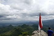 Panduan Mendaki Gunung Cumbri di Wonogiri