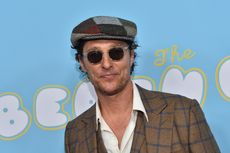 Aktor Matthew McConaughey Terima Ijazah SMA di Usia 49 Tahun