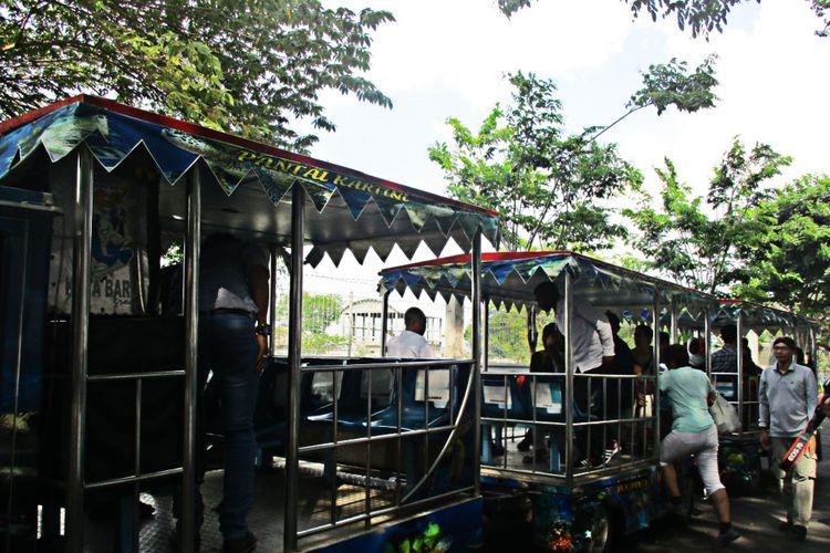Kereta Kelinci Pantai Kartini