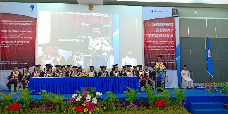 UMN 2019 menggelar Kuliah Perdana Sidang Senat Terbuka bagi dua ribu lebih mahasiswa baru pada Jumat (9/8/2019) dengan mengangkat tema Menjadi Wirausaha Muda yang Berintegritas.