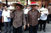 Syukuran Jokowi-Ma'ruf Amin Menang, Warga Solo Kirab 1.001 Tumpeng