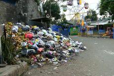 Sampah Menggunung di Kantor Pemda Bandung Barat dan Objek Wisata Situ Ciburuy