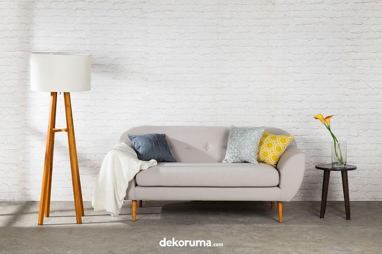 Minimalisme yang menjadi dasar prinsip desain interior minimalis berasal dari pemikiran dan karya seni dari beberapa belahan dunia.
