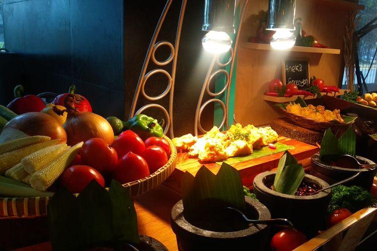 Aneka kuliner khas nusantara di Kampung Ramadhan, Hotel Four Points by Sheraton Jakarta, Thamrin, Jakarta Pusat,