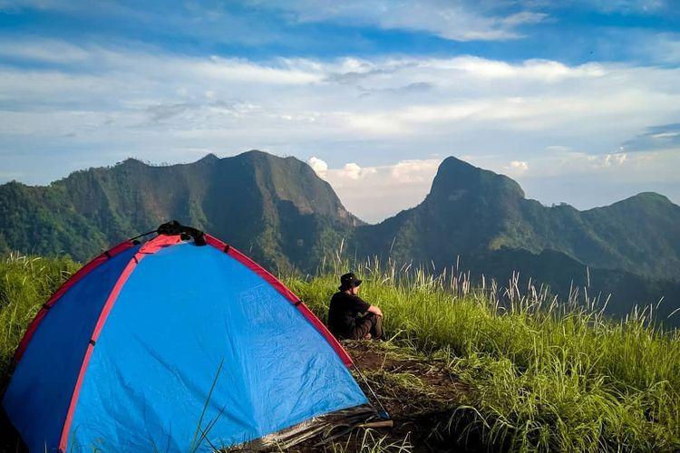 Pemandangan dari Gunung Gulgulan