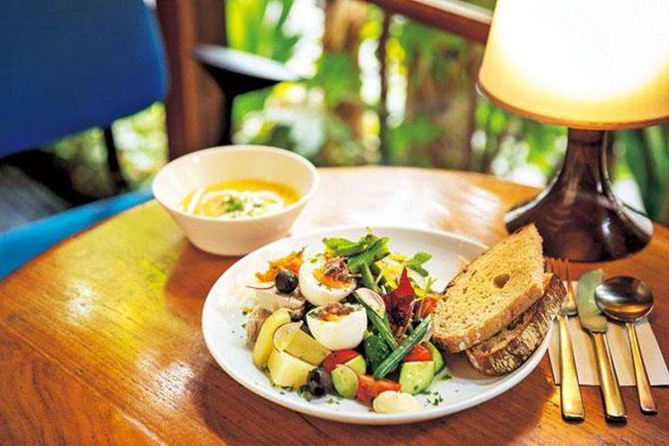 Salad Niçoise (1.290 yen)