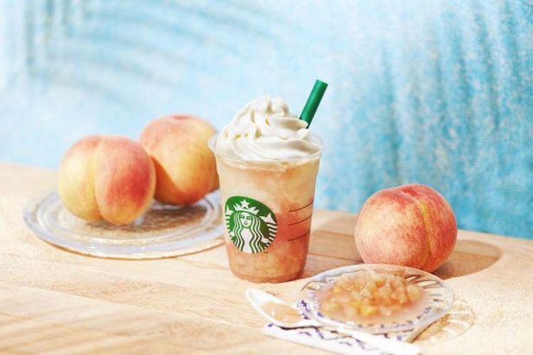 Peach on the Beach Frappuccino diberi potongan tebal persik putih.