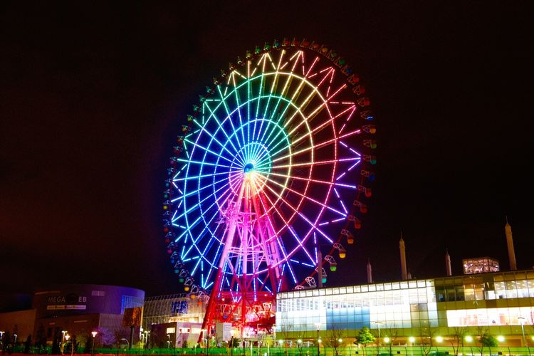 Palette Town Giant Sky Wheel