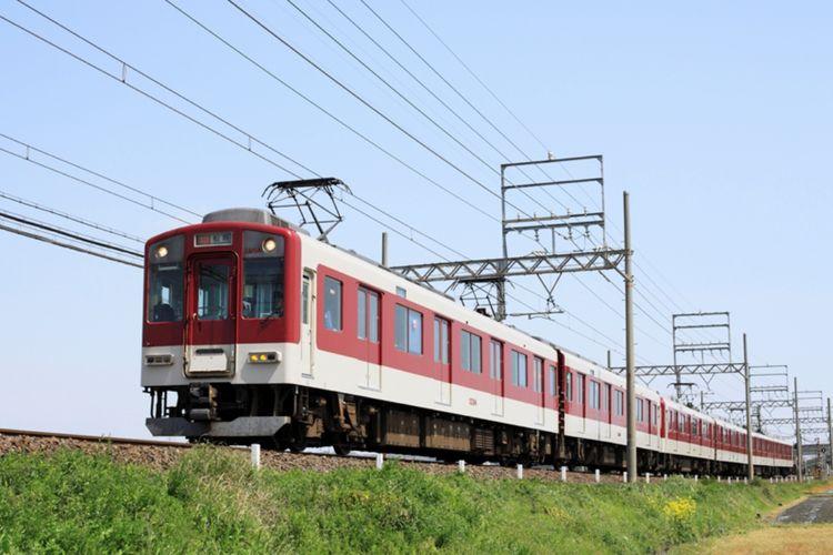 Naik kereta dengan Kansai Thru Pass