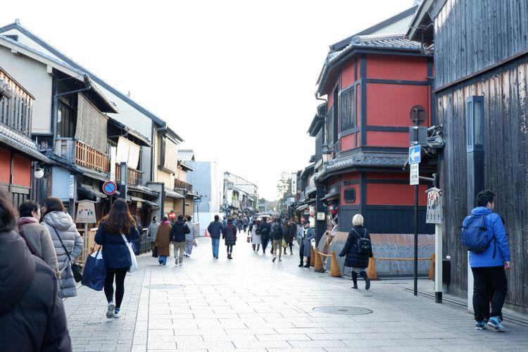 Jalan Hanami-koji di area Gion