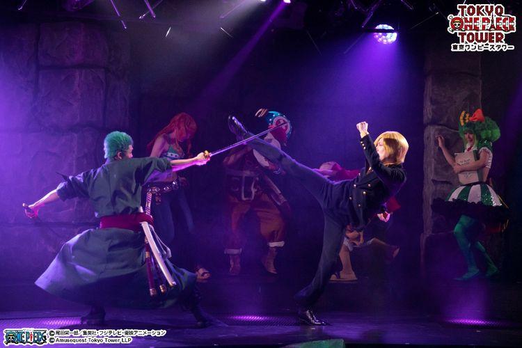 Pentas ini menampilkan Sabo, Caesar Clown, Big Mom's Charlotte di atas panggung!