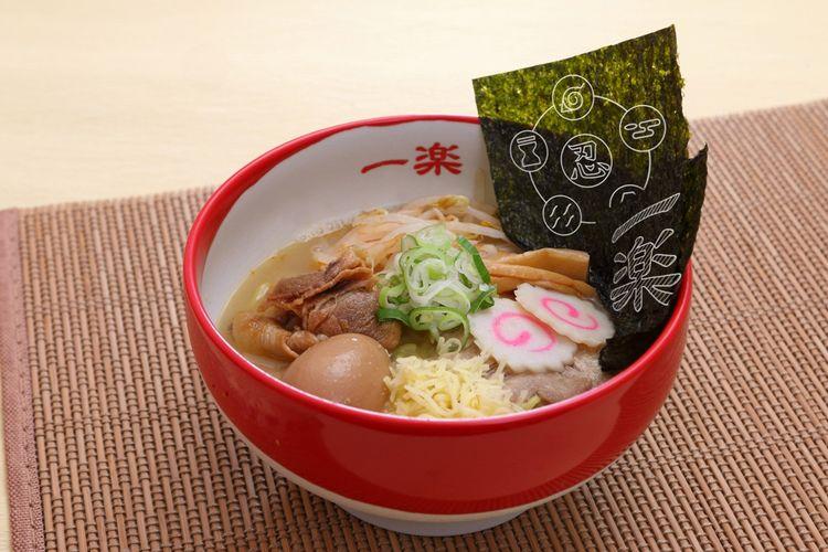Ramen Shinobi Godaikoku (Lima Negara Shinobi yang Hebat) tersedia dengan kuah miso yang digabung dengan sup babi atau kaldu berbahan kecap asin khas Jepang, dijual dengan harga 1.380 yen