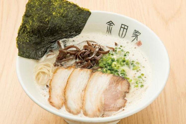 Ramen babi kurobuta (650 yen), rasa sup yang kaya dengan jumlah busa pas yang tidak amis