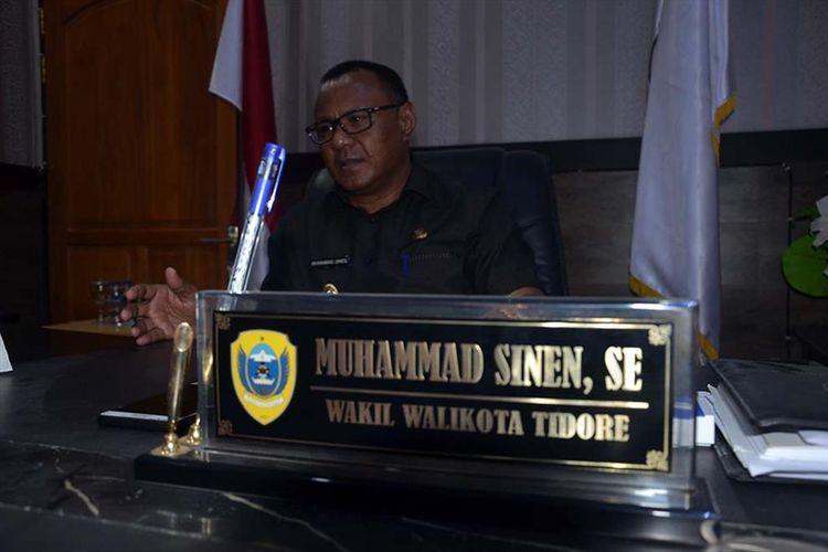 Wakil Wali Kota Tidore Muhammad Sinen, bangga anaknya, Rafdi Marajabessy memilih jadi kuli bangunan, Rabu (10/7/2019).