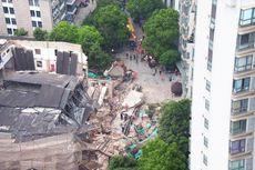 Bangunan Bekas Bengkel Mobil di China Ambruk, 5 Orang Tewas