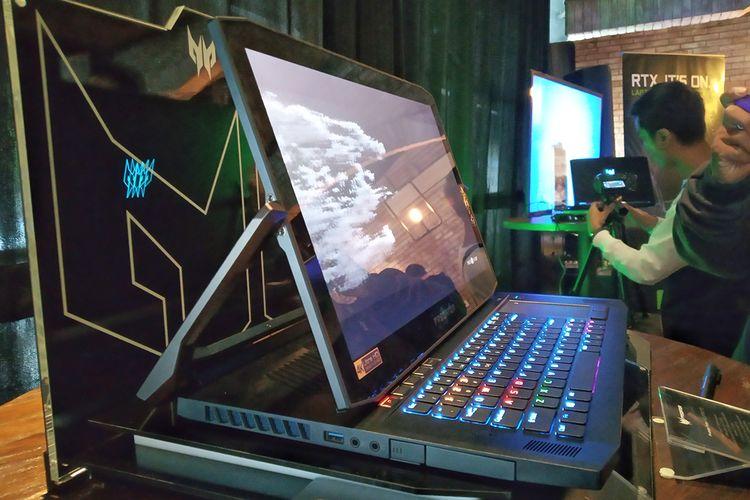 Acer Predator Triton 900 dengan engsel fleksibel.