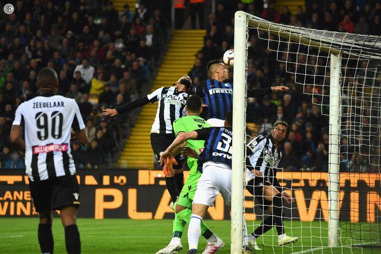 Laga Udinese vs Inter Milan dalam lanjutan Liga Italia di Stadion Dacia Arena berakhir imbang tanpa gol, 4 Mei 2019.
