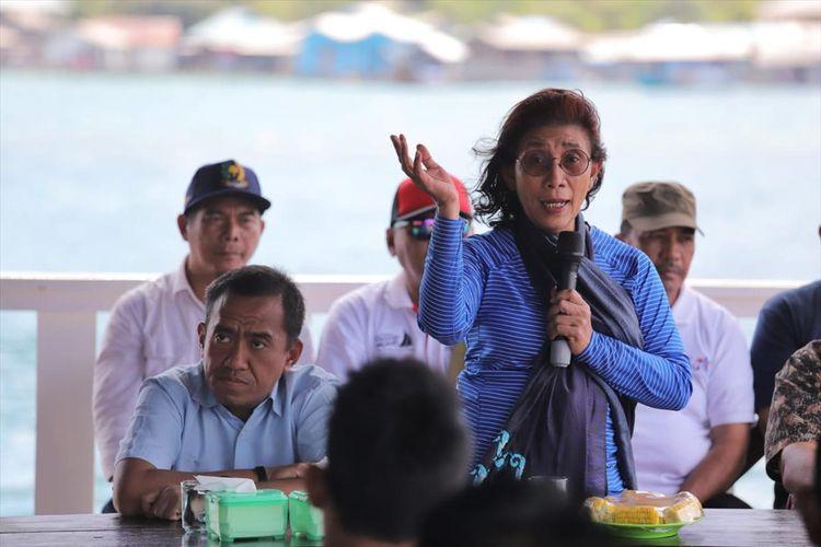 Menteri Kelautan dan Perikanan Susi Pudjiastuti berharap pulau terdepan yang ada di Kepulauan Riau, seperti Anambas bisa jadi pioner utama industri perikanan dan pariwisata kelautan.