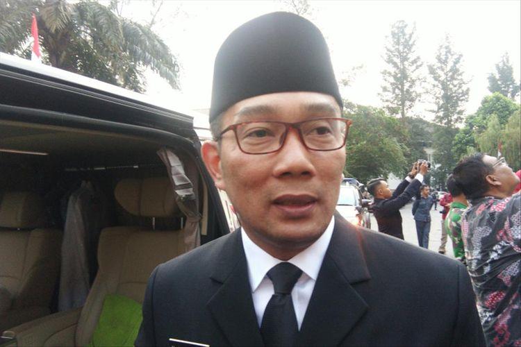 Gubernur Jawa Barat Ridwan Kamil saat ditemui usai pengukuhan tim Paskibraka Jawa Barat di Gedung Sate, Jalan Diponegoro, Kamis (15/8/2019).