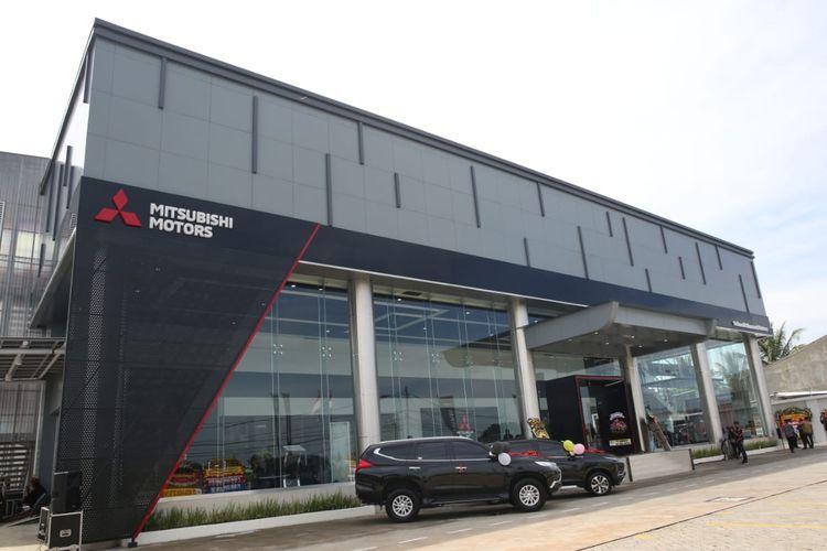 Diler Mitsubishi Pondok Cabe, Tangerang Selatan