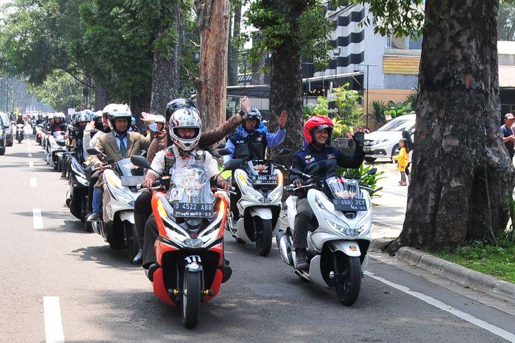 Touring Honda PCX di Bandung