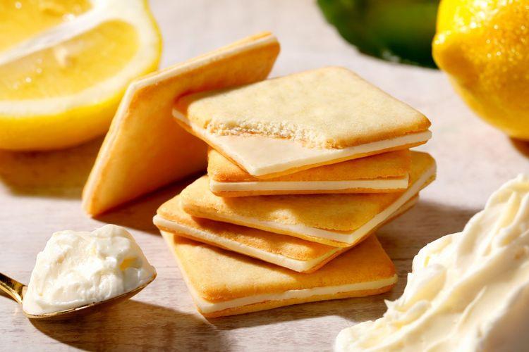 Lemon & Cream Cheese Cookies, (972 yen untuk 10 buah)