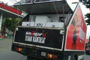 Kotak Suara Pemilu Diangkut Pakai Mobil Sampah di Makassar
