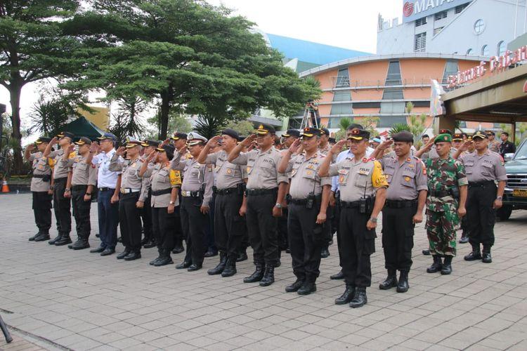 Suasana apel pengamanan Hari Buruh di wilayah Jakarta Utara, Rabu (1/5/2019).
