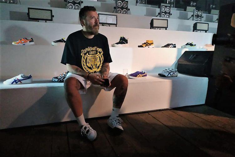 Andrea Pompilio dengan koleksi Onitsuka Tiger terbaru